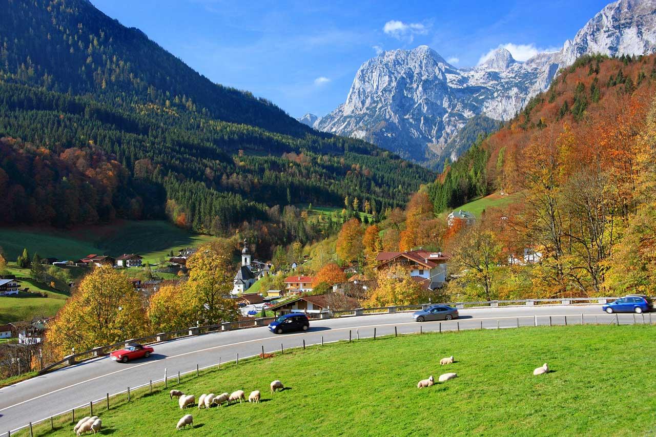 Deutsche Alpenstraße bei Ramsau
