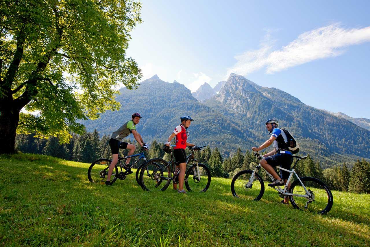 Fahrradfahren und Mountain Bike in der Natur
