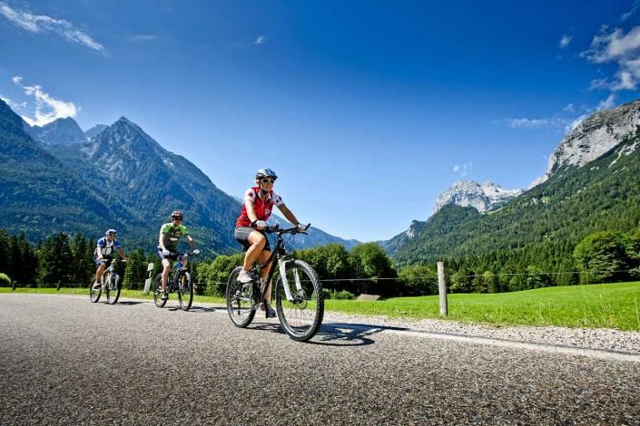 Mountain Bike in der Bergwelt von Ramsau